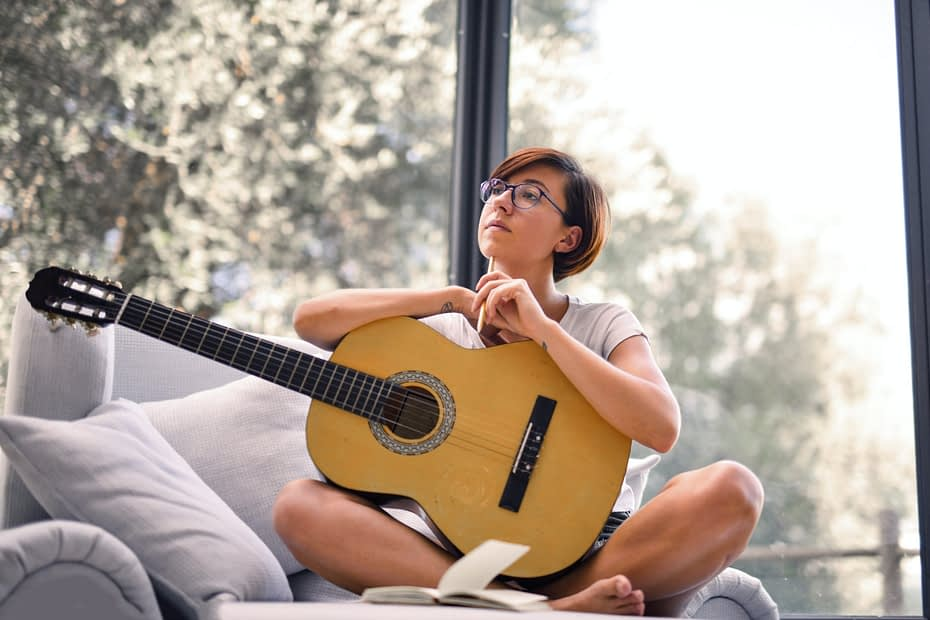 Songwriting can be difficult. Use These 8 Great Tips To Better Your Songwriting